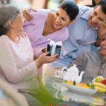 Yến sào cũng có tác dụng tốt đối với người già